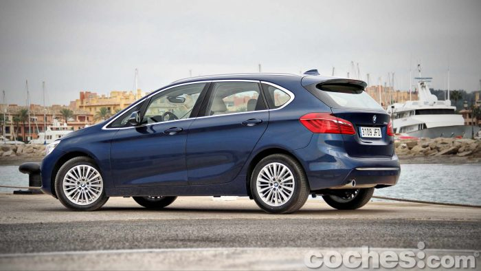 BMW_Serie_2_Active_Tourer_218d_004