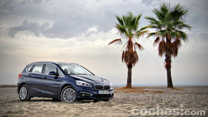 BMW_Serie_2_Active_Tourer_218d_005
