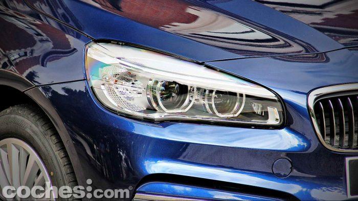 BMW_Serie_2_Active_Tourer_218d_020