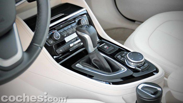 BMW_Serie_2_Active_Tourer_218d_026