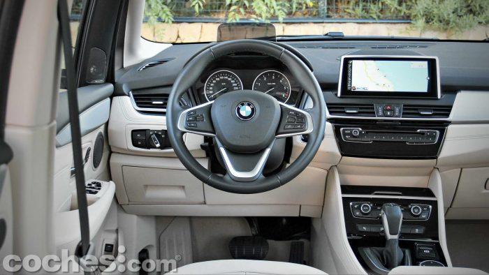 BMW_Serie_2_Active_Tourer_218d_031