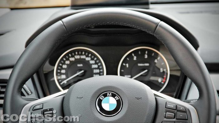 BMW_Serie_2_Active_Tourer_218d_033