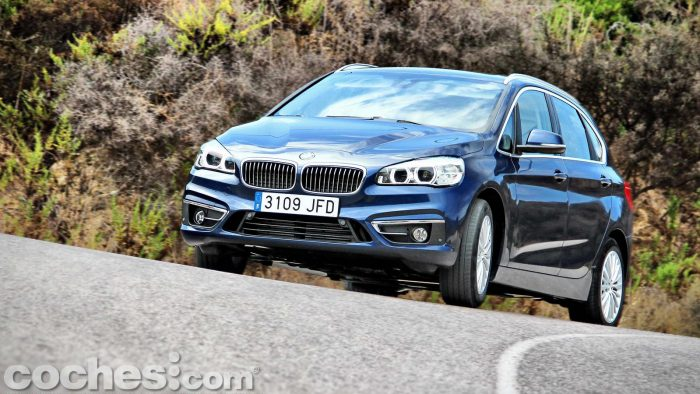 BMW_Serie_2_Active_Tourer_218d_074