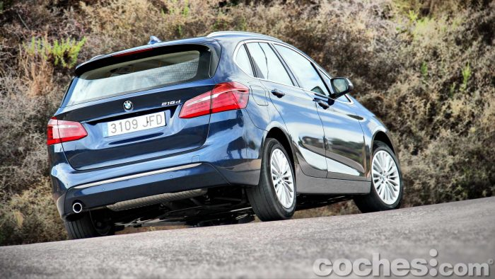BMW_Serie_2_Active_Tourer_218d_075
