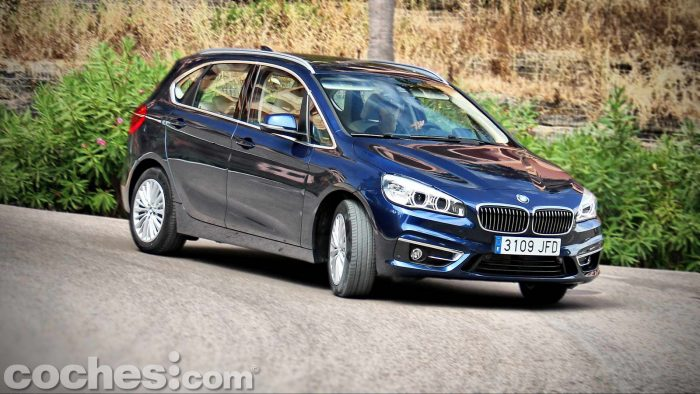 BMW_Serie_2_Active_Tourer_218d_078