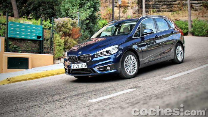 BMW_Serie_2_Active_Tourer_218d_079