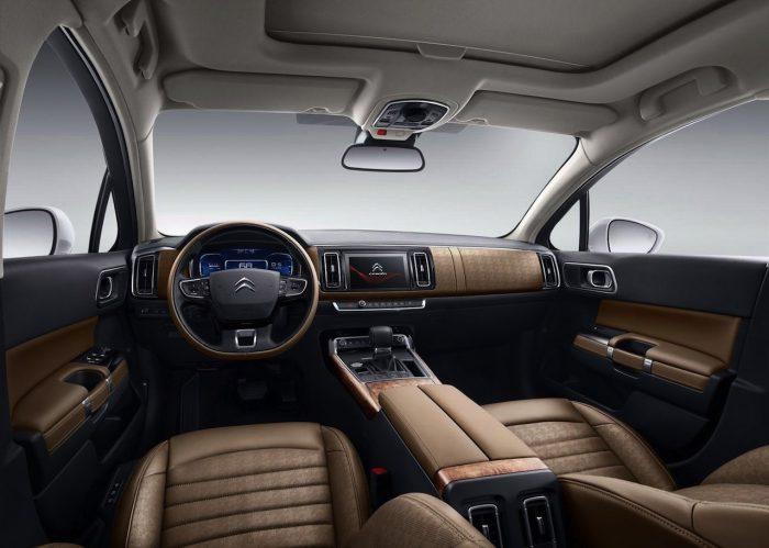 Citroen C6 China 2016 interior