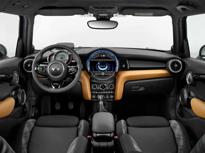 MINI Seven 2016 interior 2