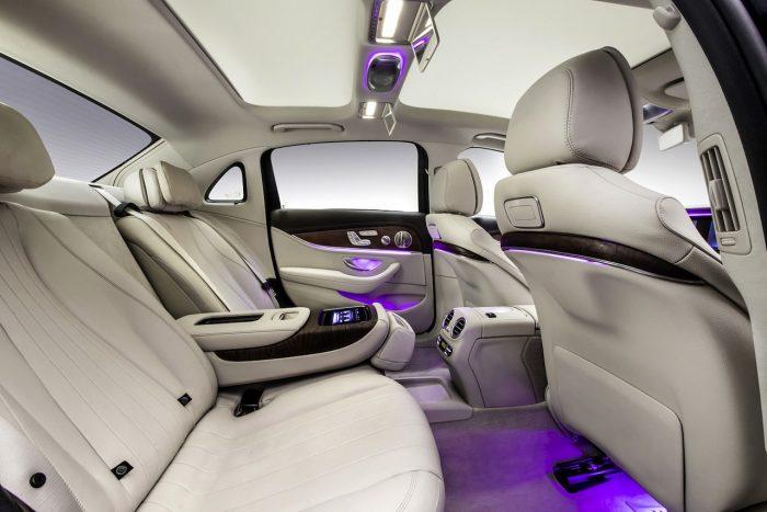 Mercedes-Benz Clase E LWB China 2016 interior