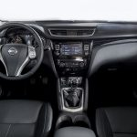 Nissan Qashqai Black Edition interior