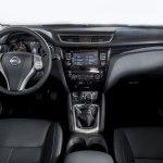 Nissan Qashqai Black Edition interior