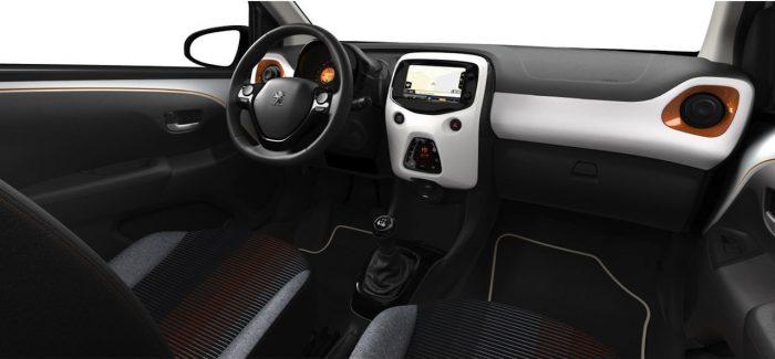 Peugeot 108 Roland Garros 2016 interior 01