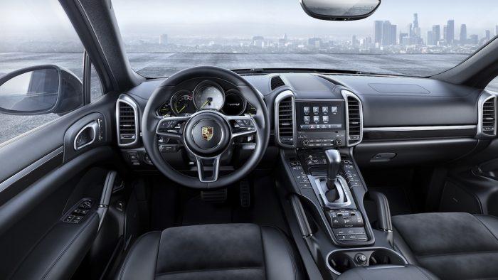 Porsche Cayenne S E Hybrid Platinum Edition 2016 interior
