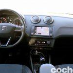 Seat Ibiza Connect 2016 prueba interior 6