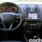 Seat Ibiza Connect 2016 prueba interior 7