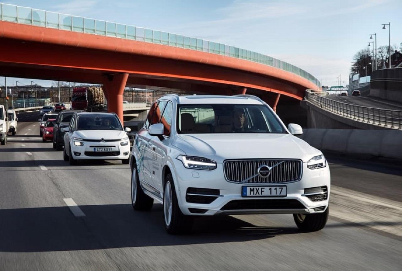 coche autonomo Volvo 02