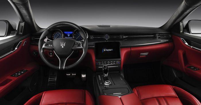 Maserati Quattroporte GTS GranSport 2016 salpicadero