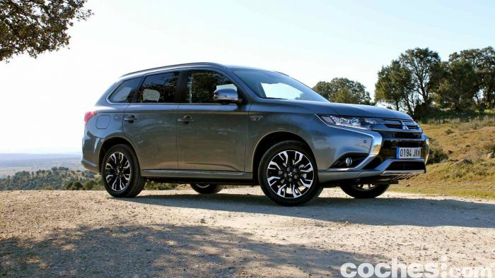 Mitsubishi Outlander PHEV 2016 prueba 21