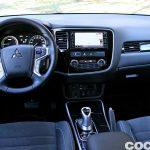 Mitsubishi Outlander PHEV 2016 prueba interior 05