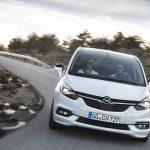 Opel Zafira 2016 02