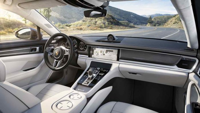 Porsche Panamera Turbo 2017 interior 1