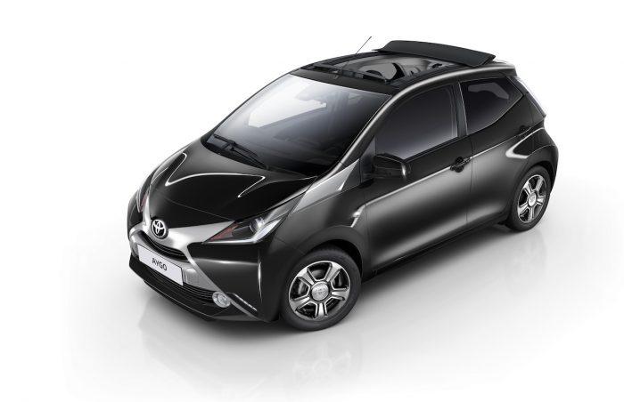 Toyota Aygo x-clusiv 2016 01