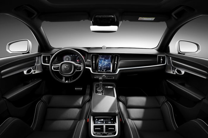 Volvo S90 R-Design 2016 Interior