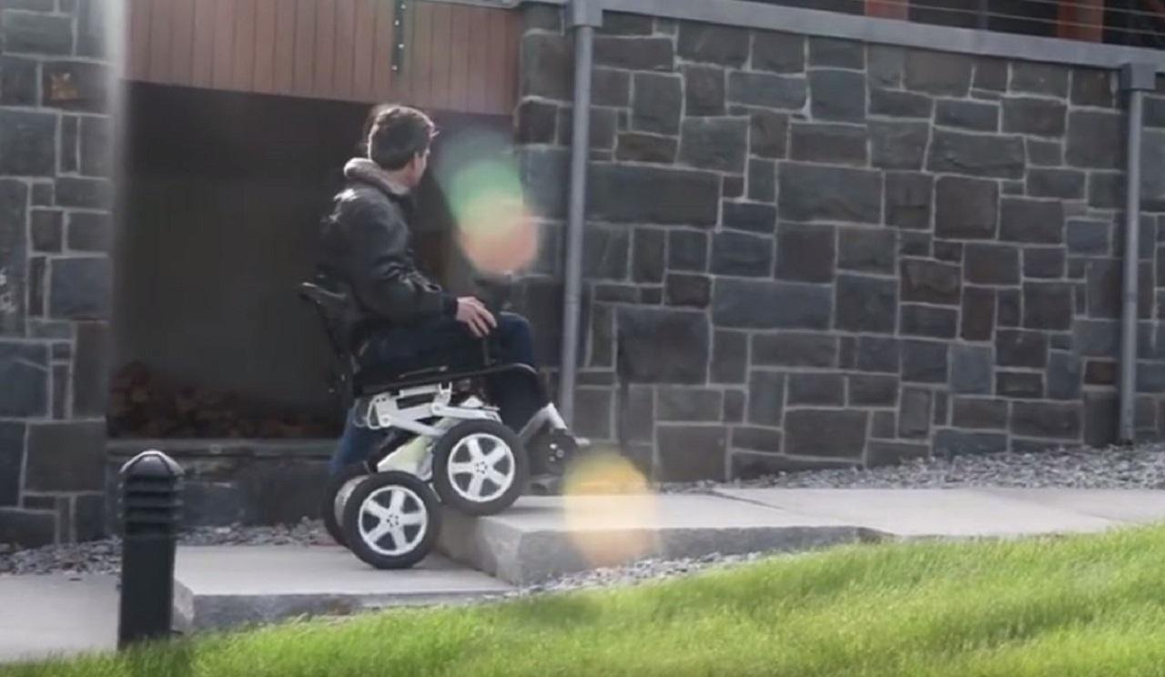 silla de ruedas de Toyota 01