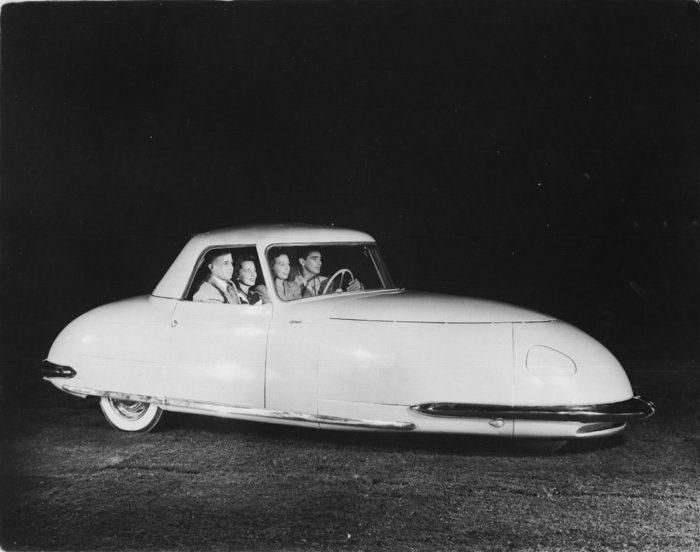 Davis Divan 1948 04