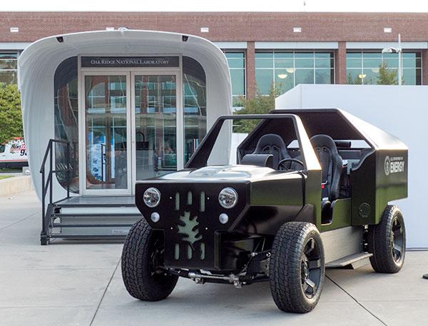 Casa y coche impresos con impresora 3D