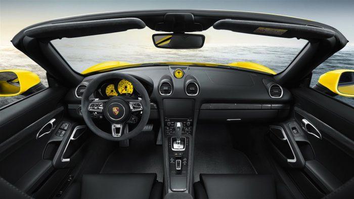 Porsche 718 Boxter Exclusive 2016 interior 01