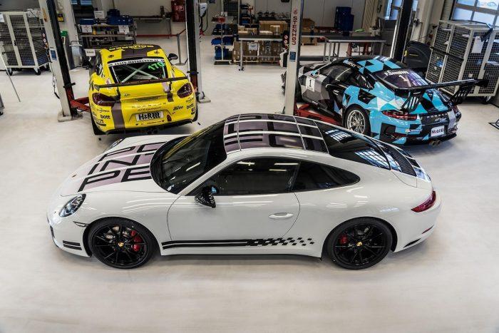 Porsche 911 Carrera S Endurance Racing Edition 2016 02
