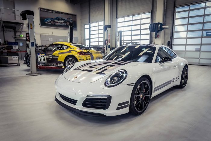Porsche 911 Carrera S Endurance Racing Edition 2016 06
