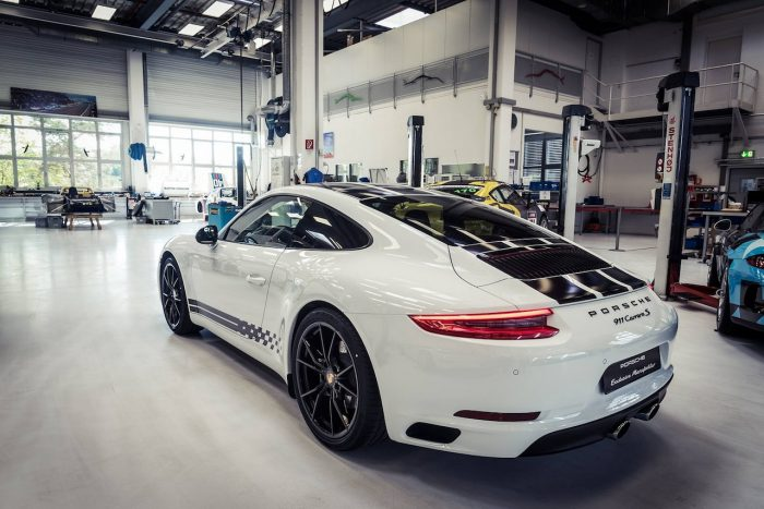 Porsche 911 Carrera S Endurance Racing Edition 2016 07