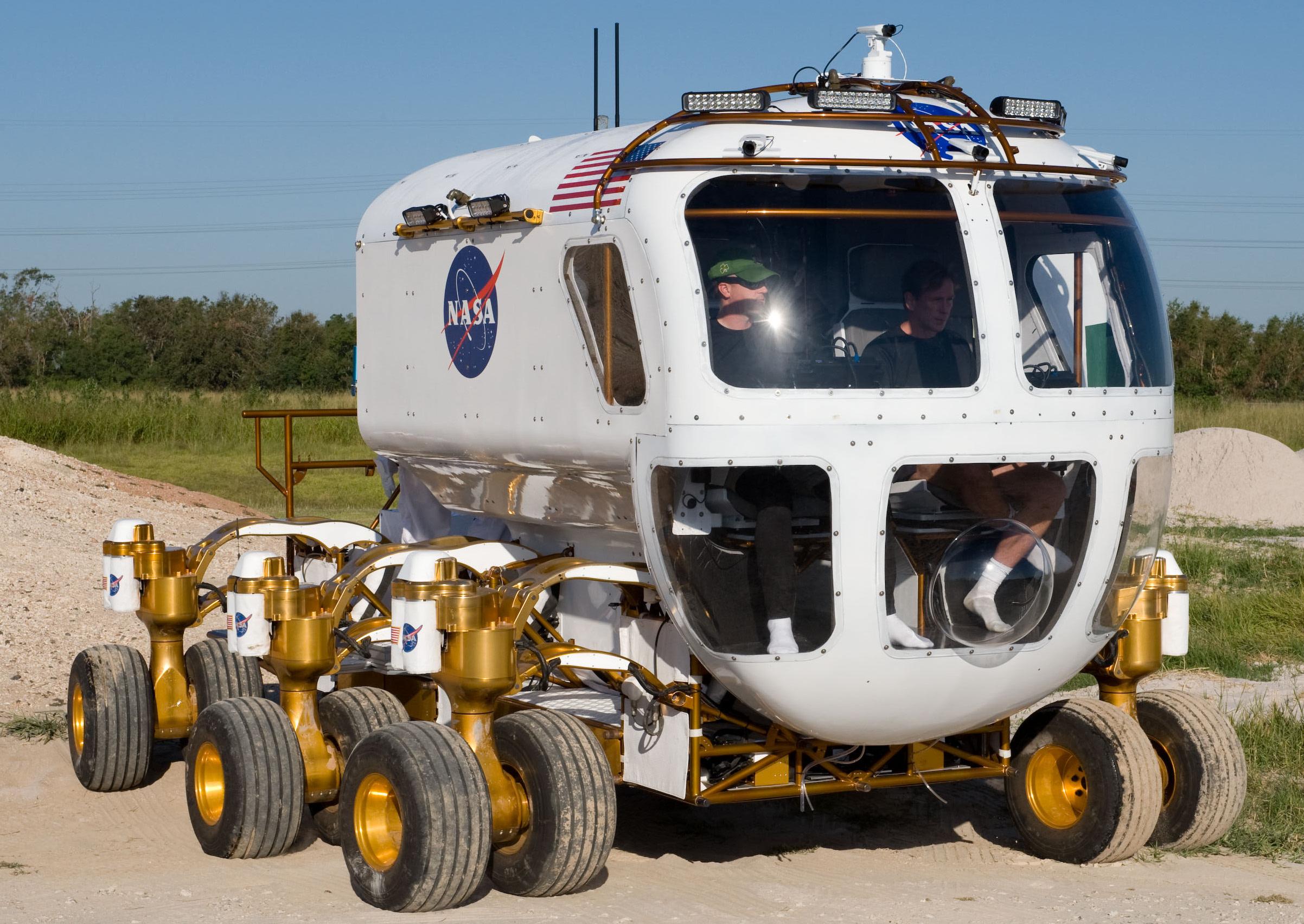 Small Pressurized Rover