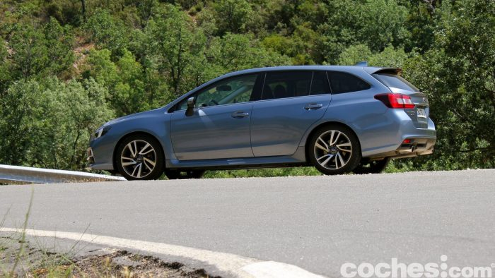 Subaru Levorg prueba 2016 041