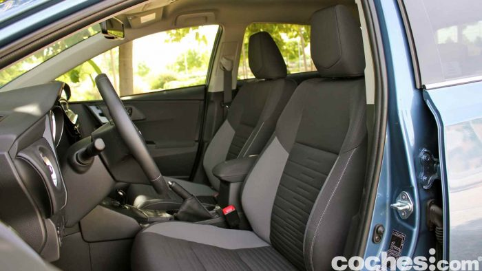 Toyota Auris Hybrid 2016 prueba 05