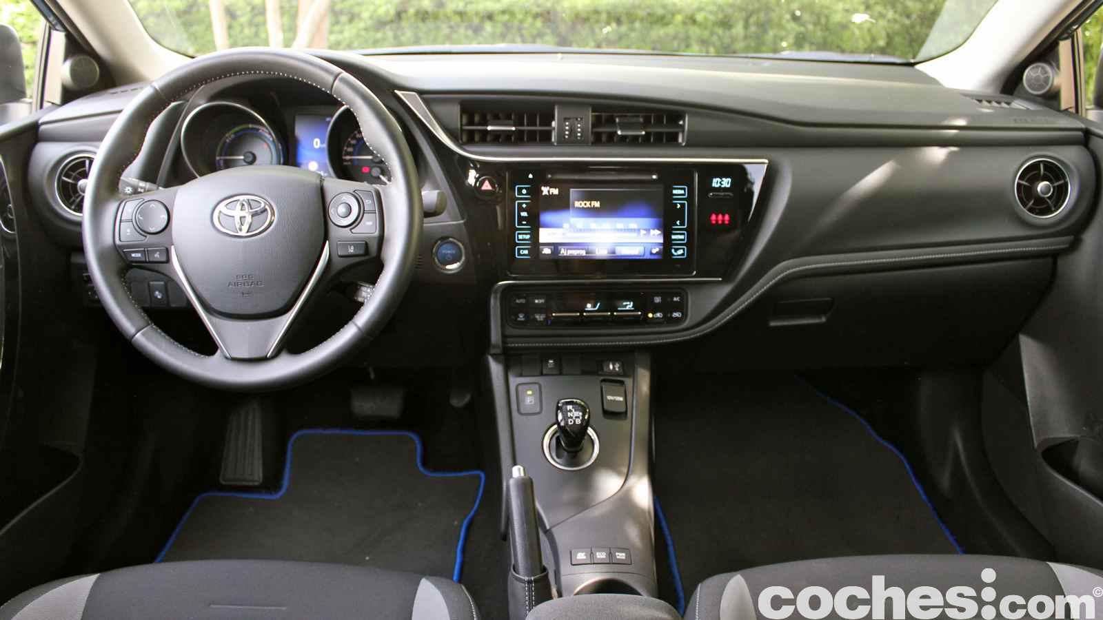 Toyota Auris Hybrid Prueba A Fondo