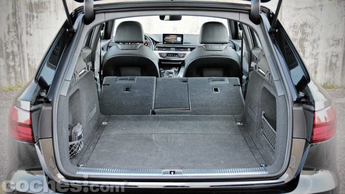 Audi_A4_Avant_3.0_TDI_quattro_076