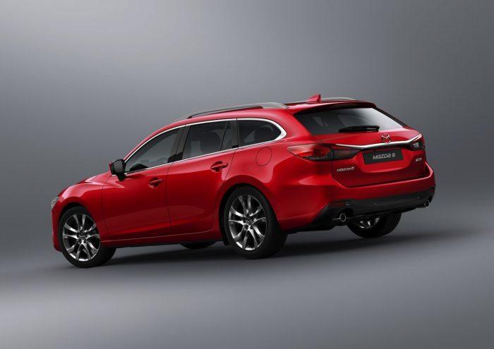 Mazda 6 Wagon 2017 01