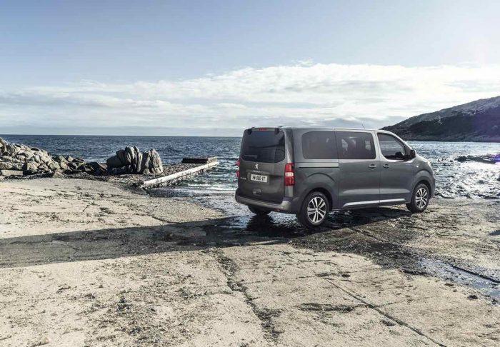 Peugeot Traveller 2016 - 1