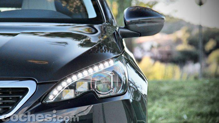 Peugeot_308_SW_1.2_PureTech_005
