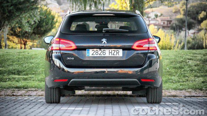 Peugeot_308_SW_1.2_PureTech_006