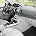 Peugeot_308_SW_1.2_PureTech_026