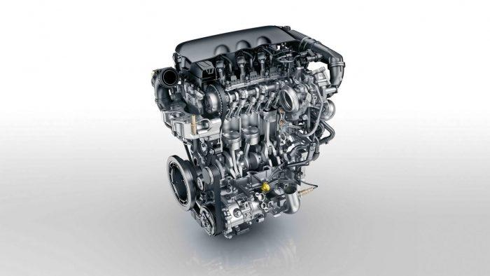 Peugeot_308_SW_1.2_PureTech_059