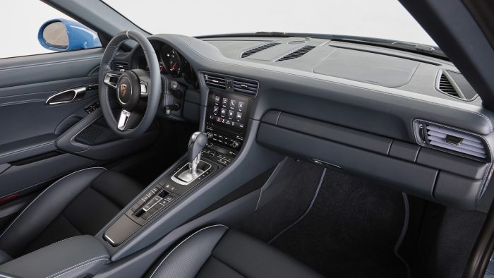 Porsche 911 Targa 4S Design Exclusive 2016 interior 01