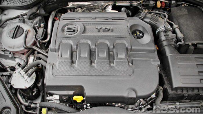SEAT_León_X-Perience_2.0TDI_4Drive_DSG_057
