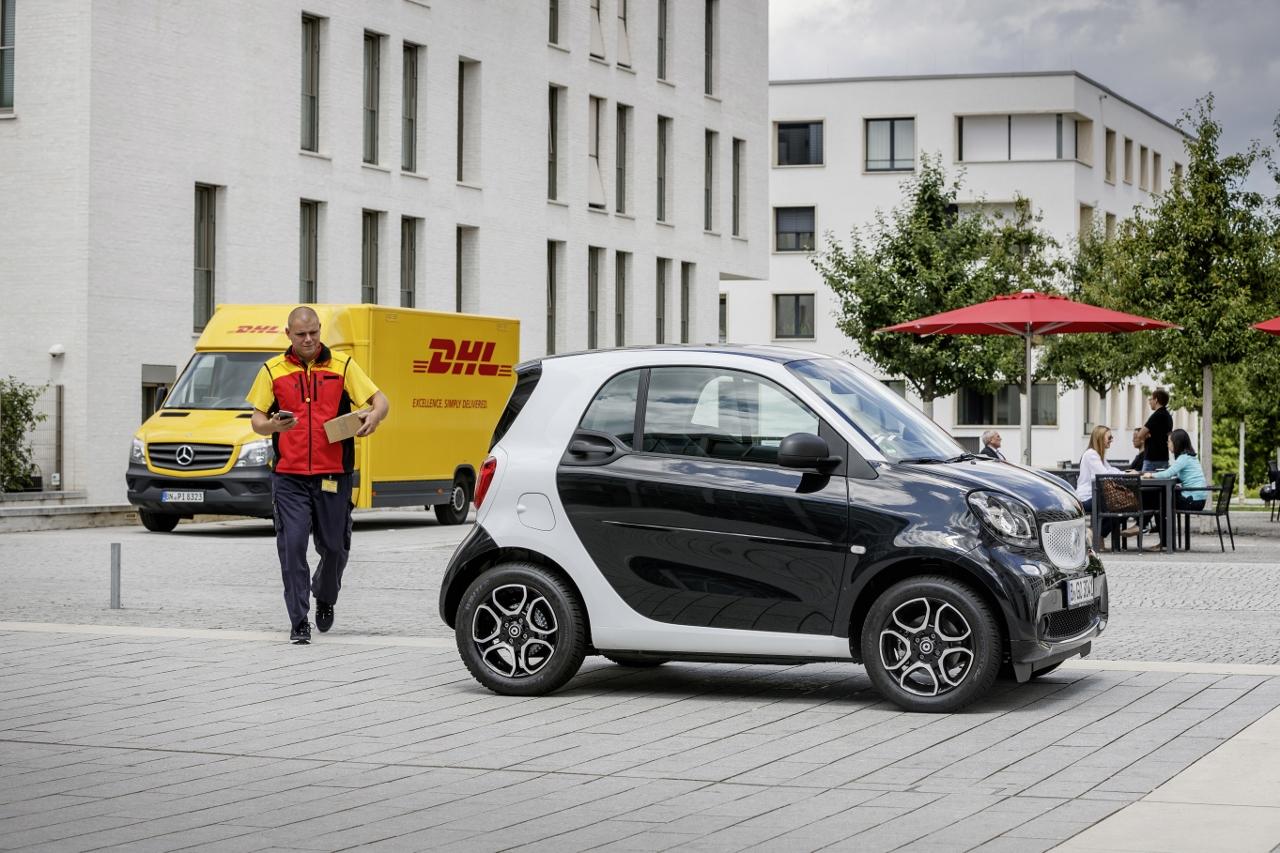 Entrega de pedido en el coche a través de la app para Smart
