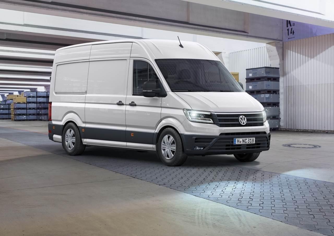 Volkswagen Crafter 2017 01