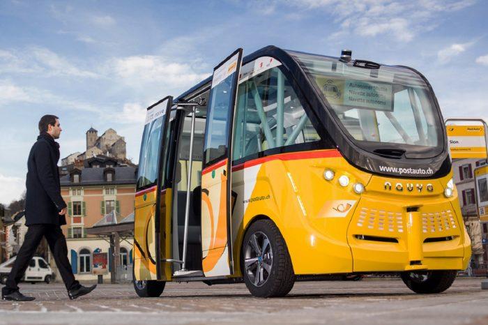 autobus autónomo en Sion Suiza